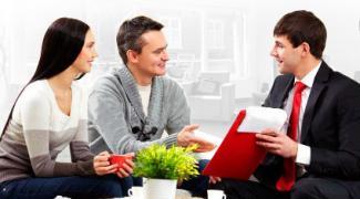 Как выбрать фирму для установки натяжного потолка
